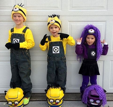 "Product Features • Deluxe Minion costume dress with gloves, socks, and plastic ""goggles""."